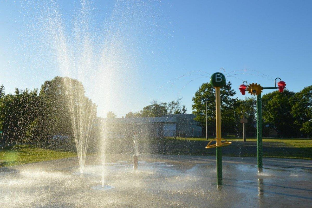 Jeux d'eau au Parc Beaudoin