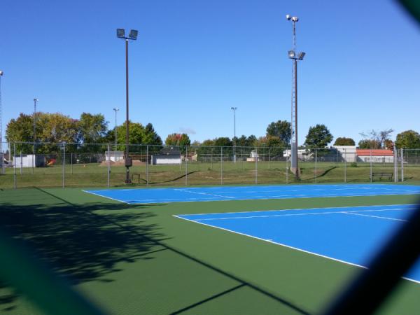 Terrains de tennis et pickle-ball