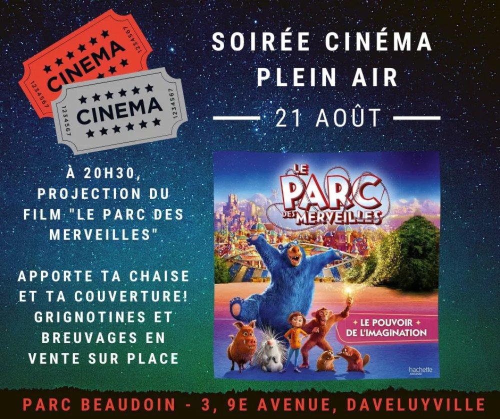 """Projection extérieure du film """"Le Parc des merveilles"""""""